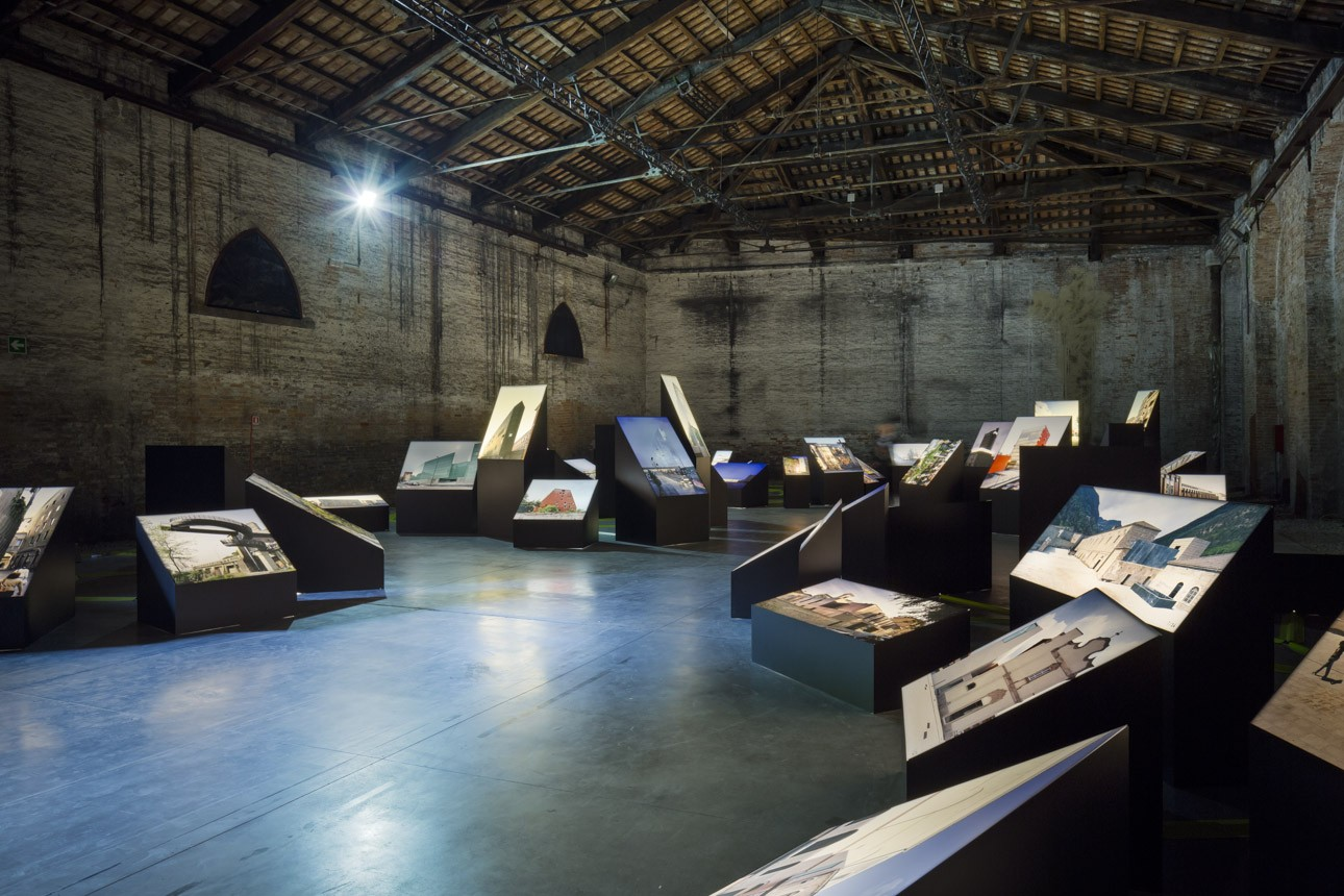 photo-sergio-grazia-fundamental-biennale-venezia-2014_SITE-001