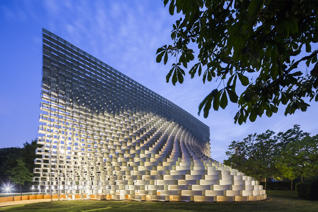 photo-boegly-grazia-2016-serpentine pavilion-london- LowDef-47