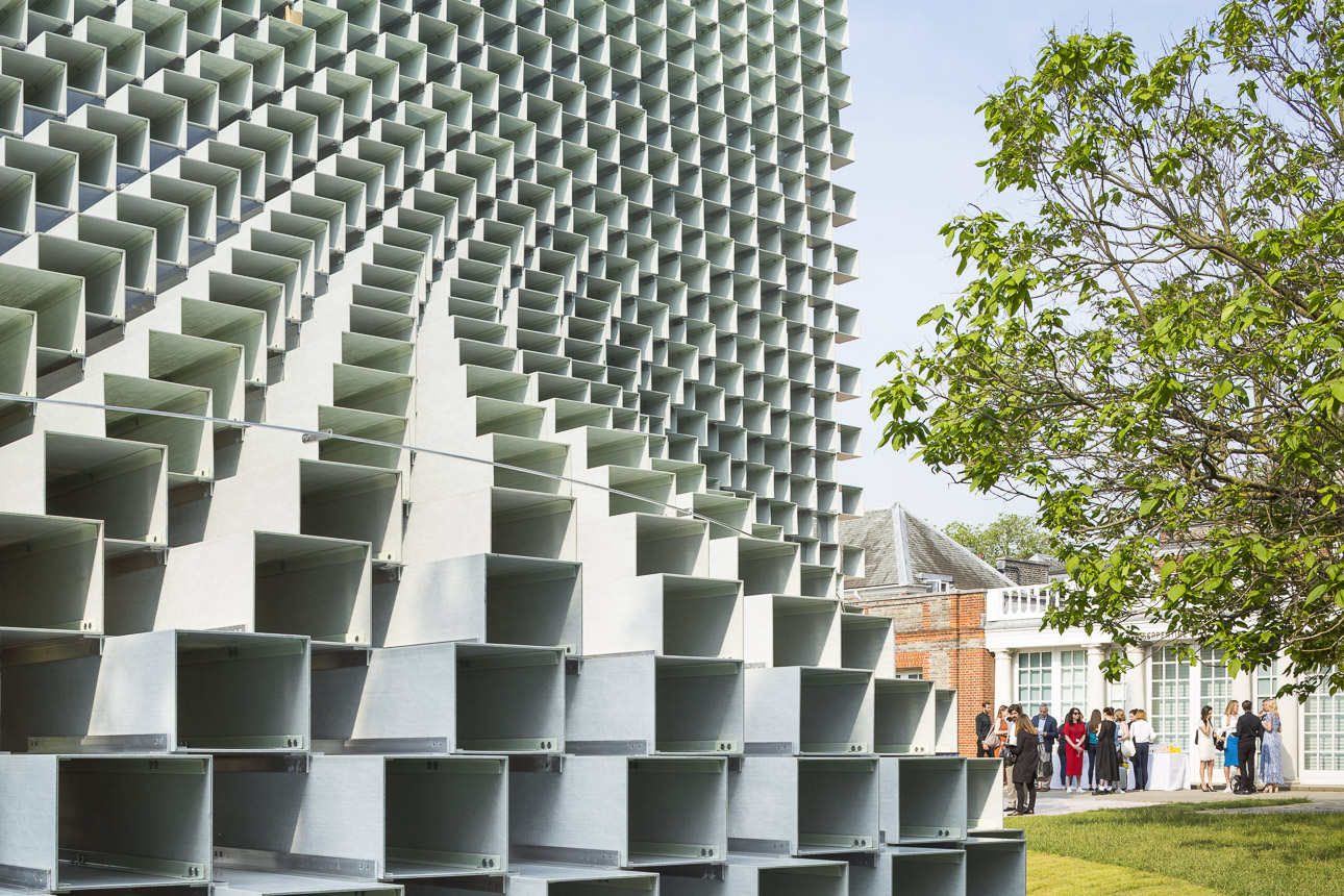 photo-boegly-grazia-2016-serpentine pavilion-london- LowDef-07