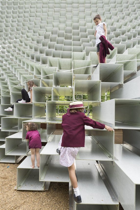 photo-boegly-grazia-2016-serpentine pavilion-london- LowDef-065