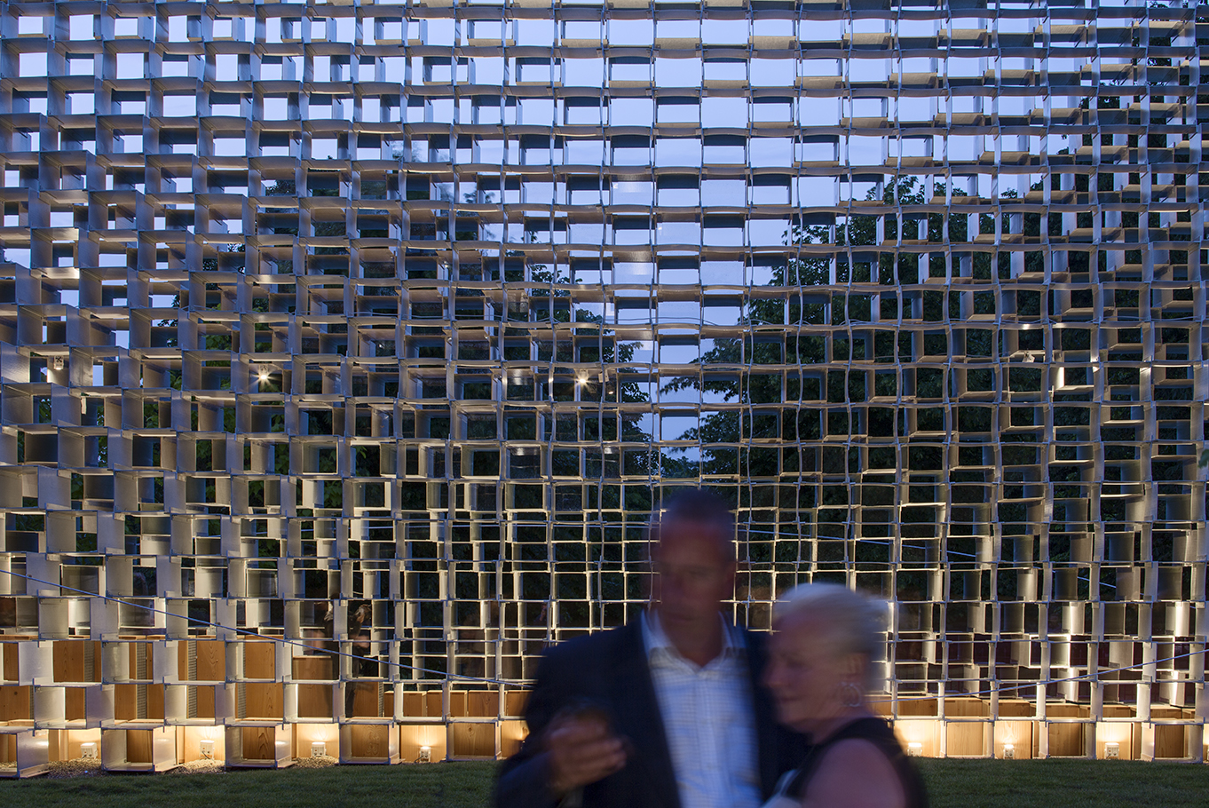 photo-boegly-grazia-2016-serpentine pavilion-london- LowDef-57