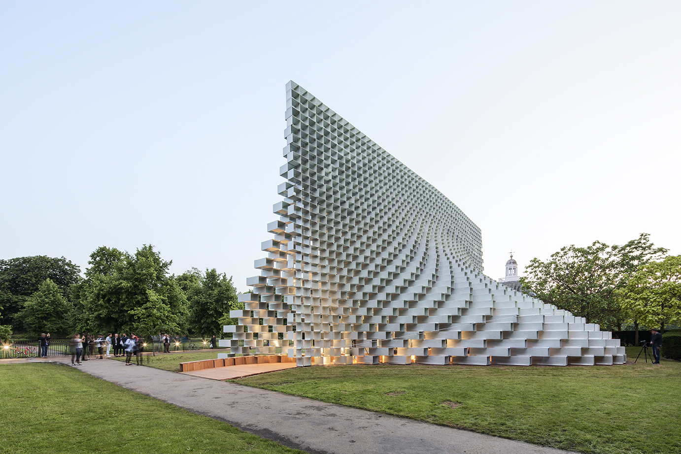 photo-boegly-grazia-2016-serpentine pavilion-london- LowDef-55