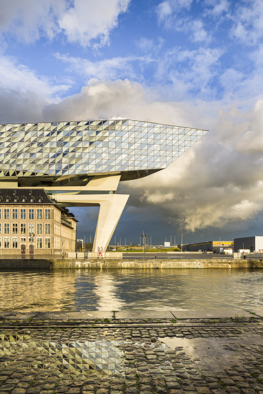 photo Boegly + Grazia - 2016-ZAHA HADID-antwerp-LD-42