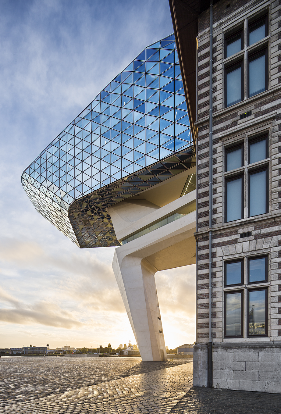 photo Boegly + Grazia - 2016-ZAHA HADID-antwerp-LD-07