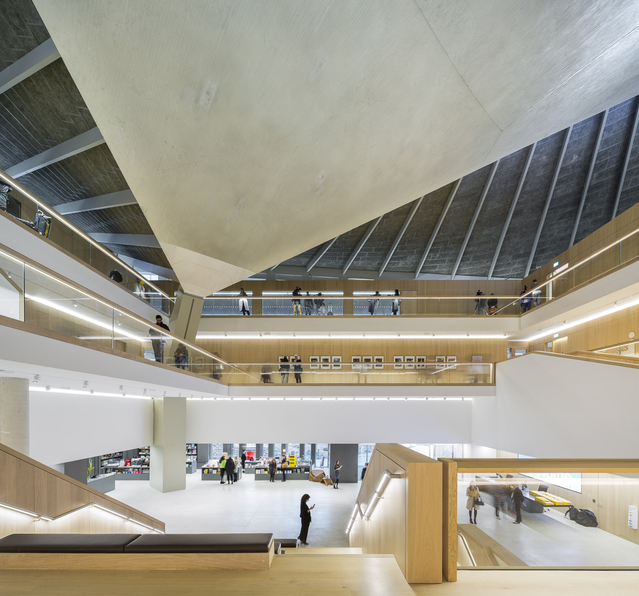 photo-BOEGLY+GRAZIA-2016-JOHN PAWSON-OMA-design museum-london-Low Res-A-10